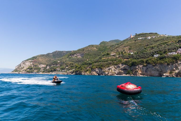 CINQUE Yacht Charter - Waverunner and inflatble toys