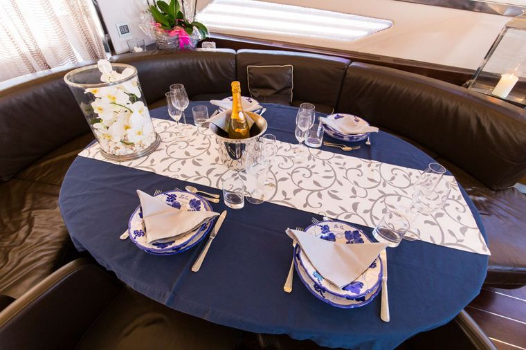 CINQUE Yacht Charter - Main Salon Formal dining Table