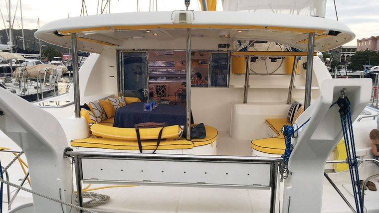 FIREFLY 46 Yacht Charter - Cockpit and aft settee