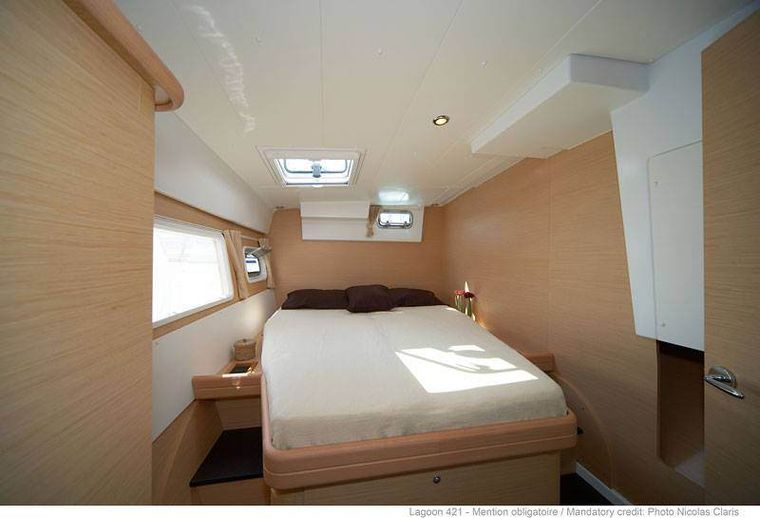 PALUKO Yacht Charter - guest cabin