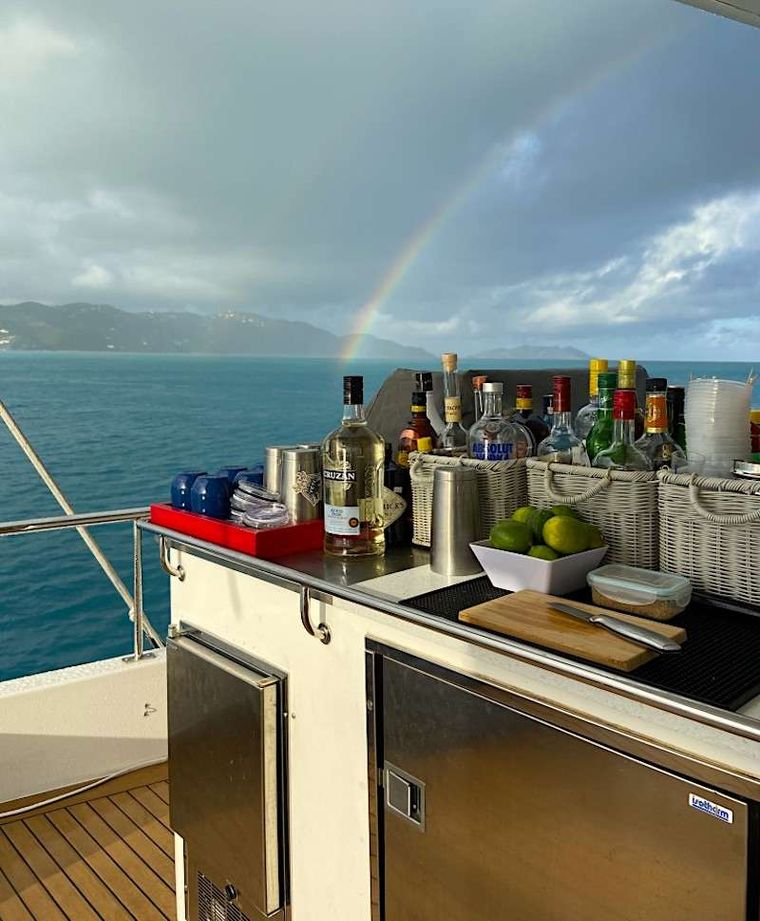 THE ANNEX Yacht Charter - Rainbows on the BBQ and bar