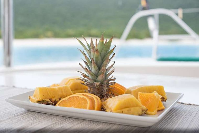 ISLAND R&R Yacht Charter - Pineapple anyone!