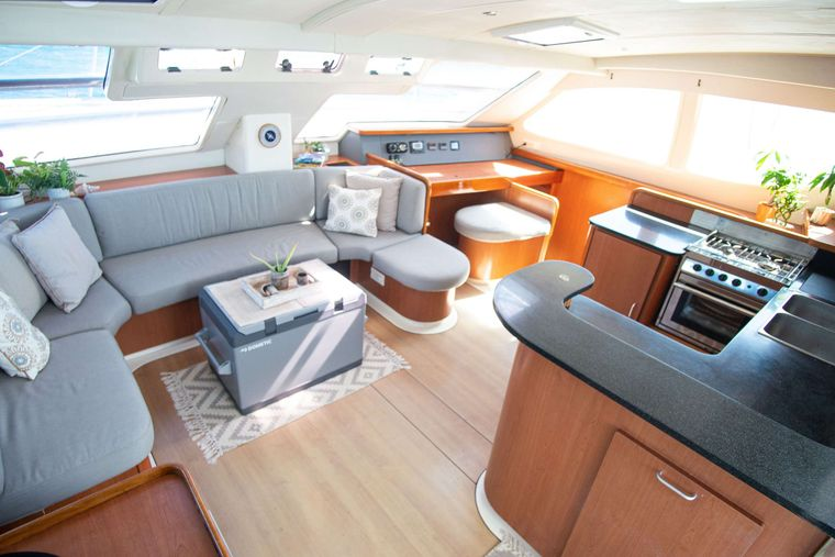 ISLAND R&R Yacht Charter - The elegant and spacious salon seating area.