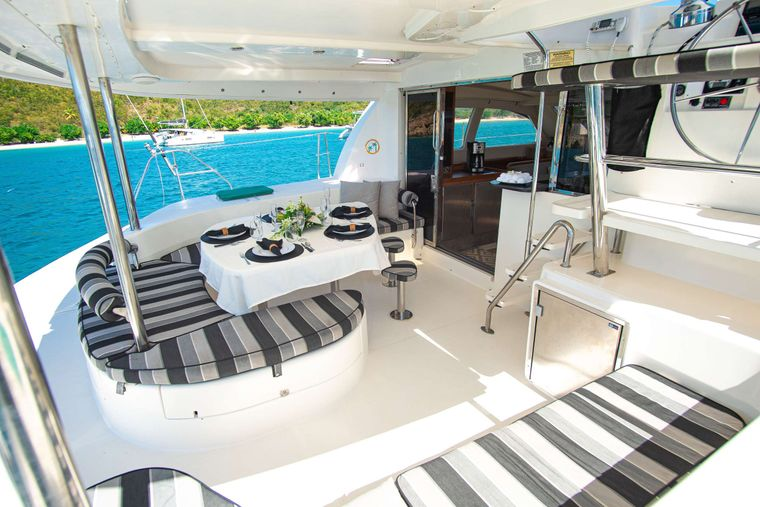 ISLAND R&R Yacht Charter - Huge shaded aft cockpit lounge.