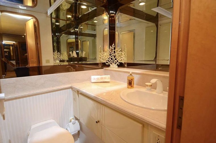 SUITE LIFE Yacht Charter - Each Cabin has its own marbled shower/toilet area
