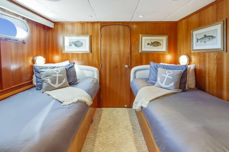 IL CAPO Yacht Charter - Twin Guest Stateroom