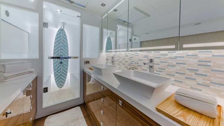 MUCHO GUSTO Yacht Charter - Master Shower & His & Her Sinks