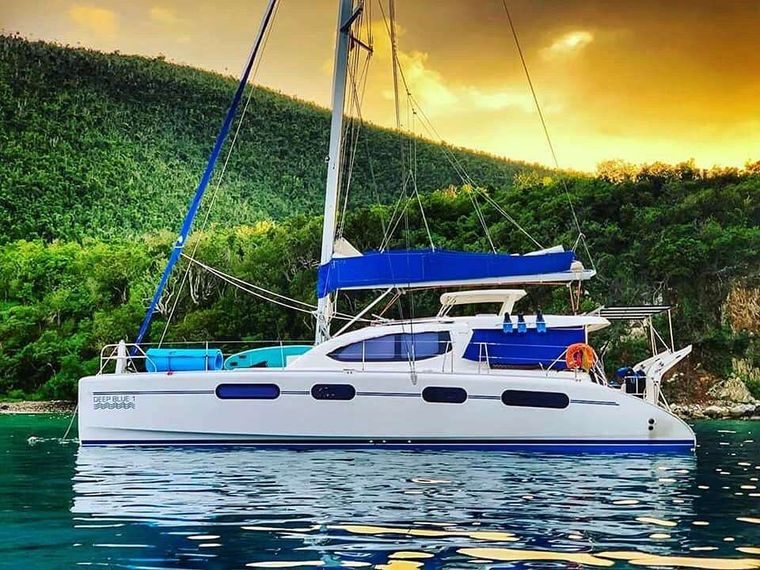 DEEPBLUE Yacht Charter - Ritzy Charters