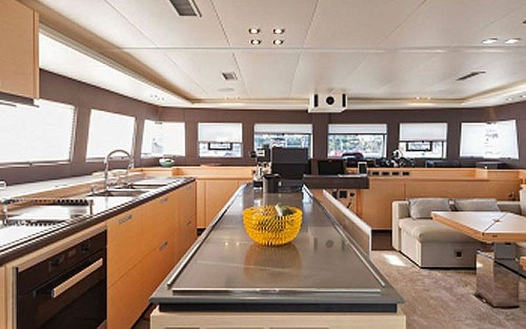 CUTE LITTLE CAT Yacht Charter - The kitchen - sistership