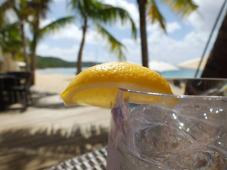 HARMONY Yacht Charter - Cocktail time in the beautiful Caribbean......
