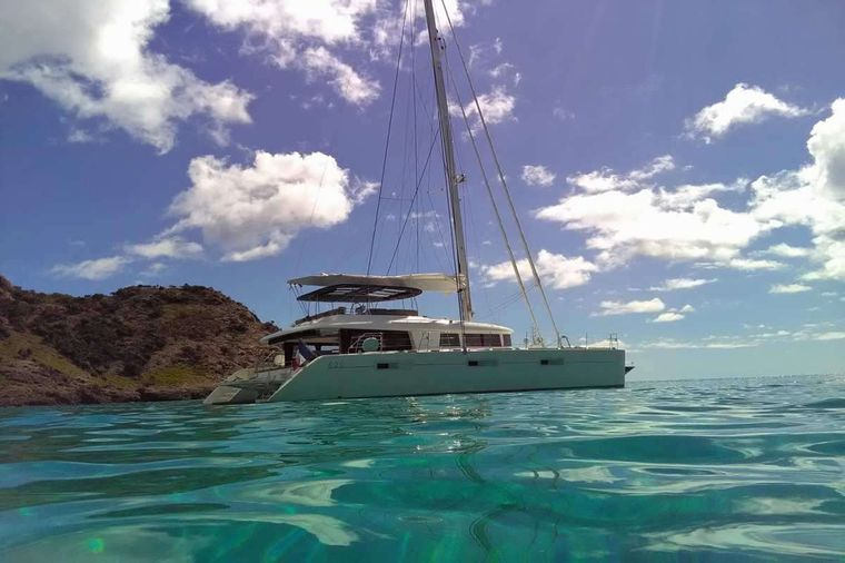 LADY M Yacht Charter - Heading out from St. Barth