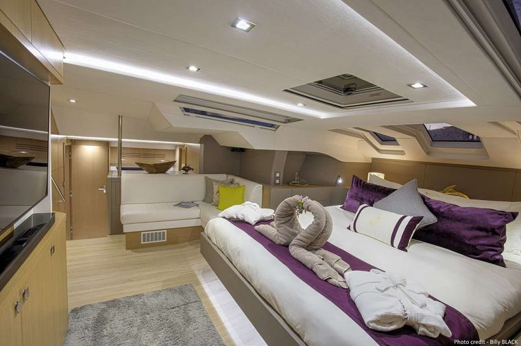 NAMASTE Yacht Charter - The master cabin other view