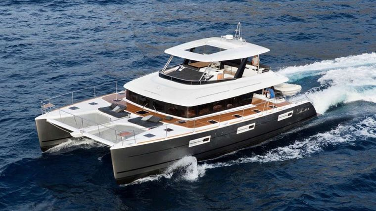 JAN'S FELION Yacht Charter - Under power
