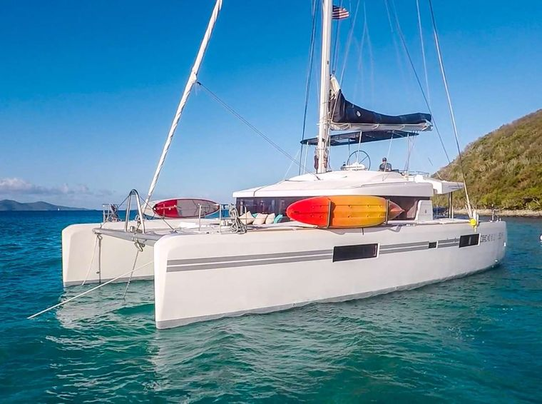 SOUTHERN COMFORT Yacht Charter - Ritzy Charters