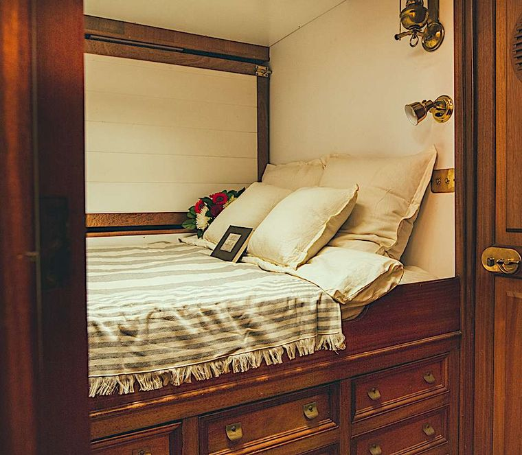 BLACK SWAN Yacht Charter - One of the four guest cabins