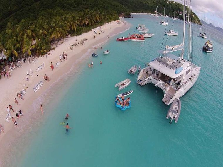 BAGHEERA L620 Yacht Charter - Fun at White Bay JVD. Bagheera is always front and center to the Soggy Dollar web cam.