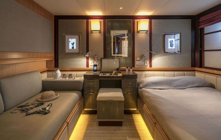 PEGASUS Yacht Charter - Twin Stateroom