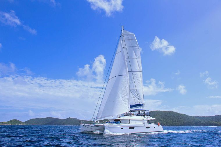 NENNE Yacht Charter - Ritzy Charters