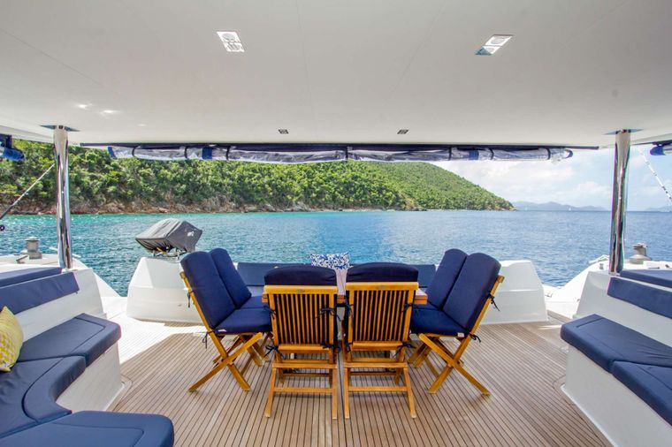 NENNE Yacht Charter - Aft Deck Dining Area