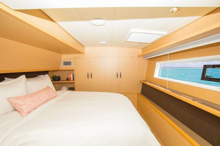 LE REVE L620 ESSENCE Yacht Charter - Wake up to a view