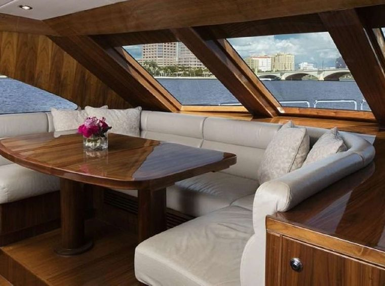 LADY DEENA II Yacht Charter - Galley seating
