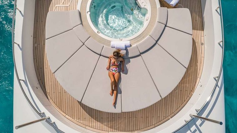 BIG SKY Yacht Charter - Bow Seating and Jacuzzi