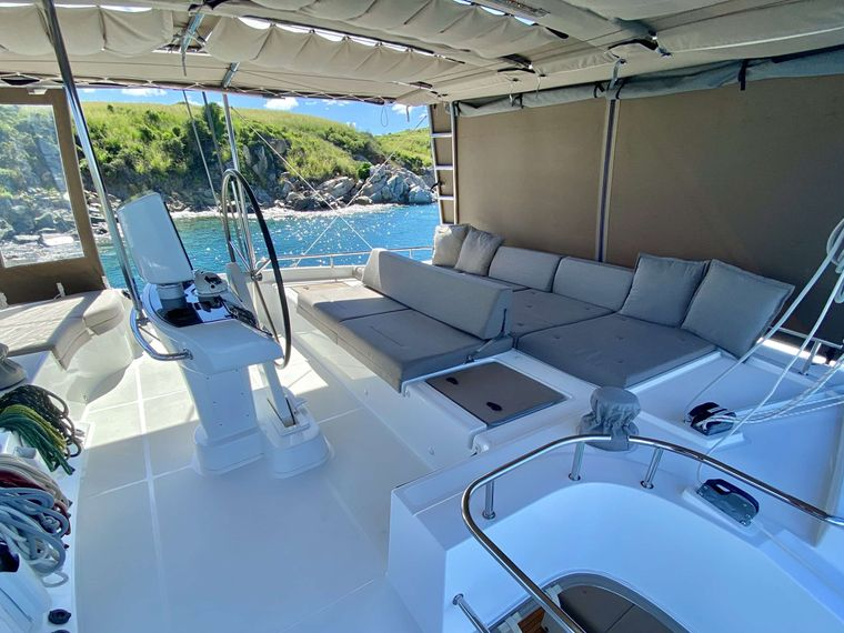 SHANGRI LA Yacht Charter - Top deck flybridge with shade