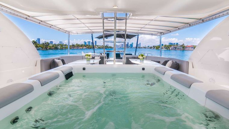 Nirvana Yacht Charter - Flybridge with Jacuzzi