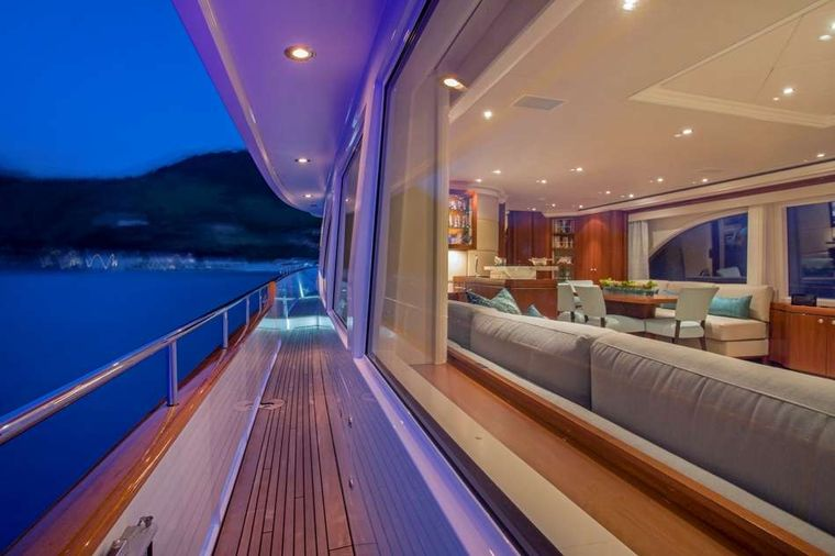 Pura Vida Yacht Charter - Walk Around Decks