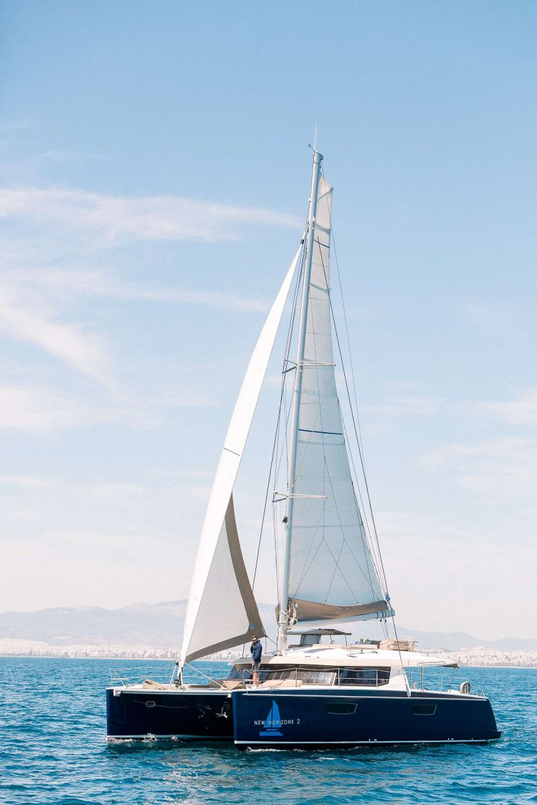 NEW HORIZONS 2 Yacht Charter - Ritzy Charters