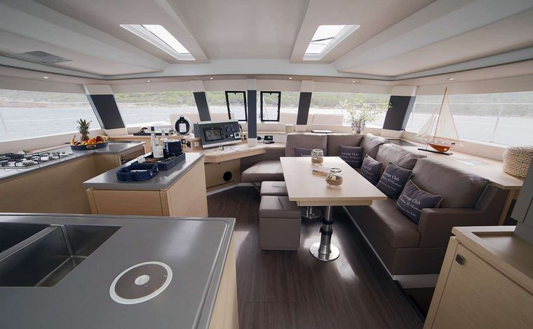 NEW HORIZONS 2 Yacht Charter - INDOOR SALOON / DINING ANOTHER VIEW