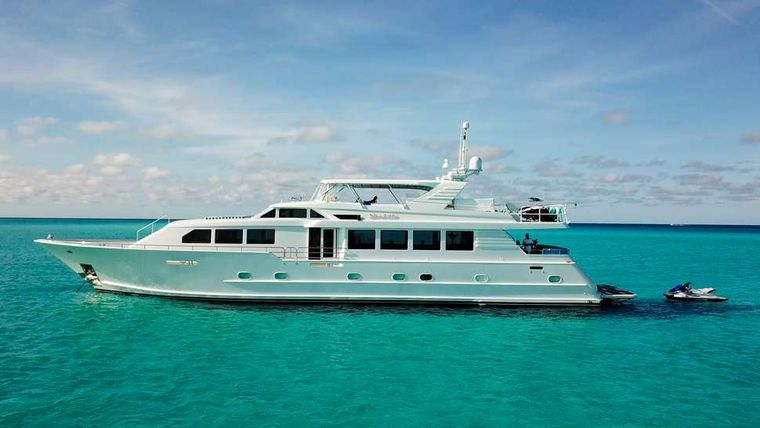 ISLAND VIBES Yacht Charter - Ritzy Charters