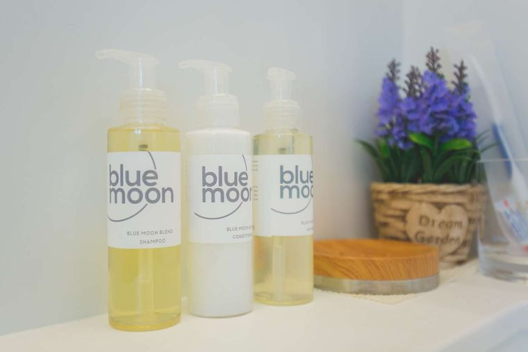Blue Moon Yacht Charter - Tailor-made toiletries
