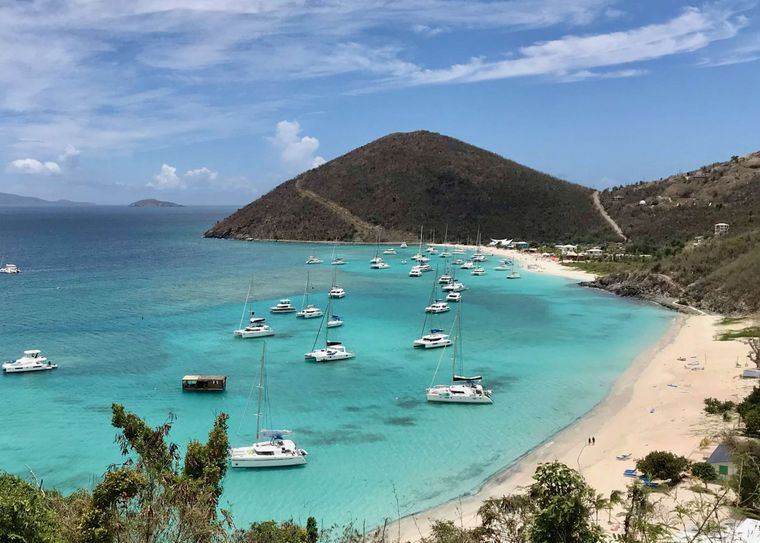 GAMBIT Yacht Charter - White Bay, Jost van Dyk, famous location of the Soggy Dollar