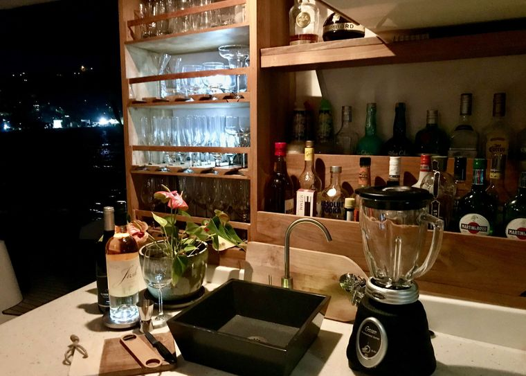 GAMBIT Yacht Charter - Enjoy the freedom to experiment with a new cocktail or help yourself to an ice cold beer.  Gambit
