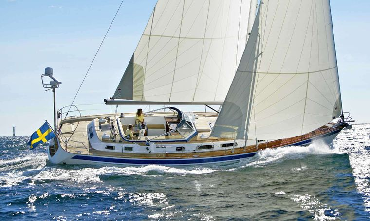 FALABRACH Yacht Charter - Ritzy Charters