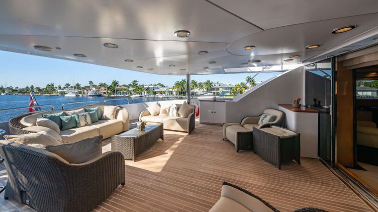 LADY LEILA Yacht Charter - Upper Deck Master Private Deck