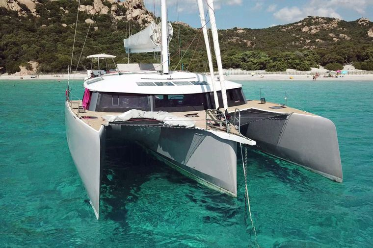 TRILOGY Yacht Charter - This is the Life!