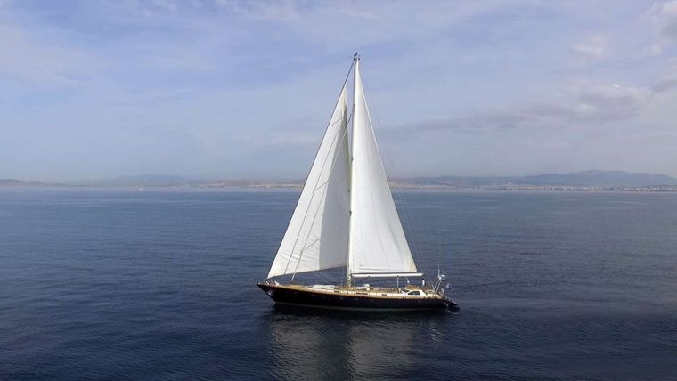 WIND OF CHANGE Yacht Charter - Sailing