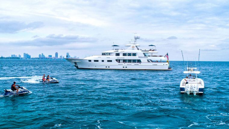 AQUASITION Yacht Charter - tender and toys