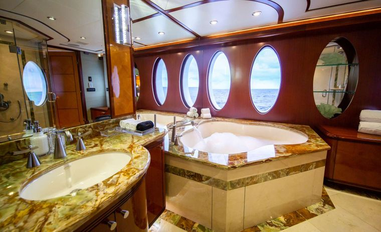Just Enough Yacht Charter - Master Bathroom