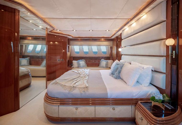 MI ALMA Yacht Charter - VIP Other View