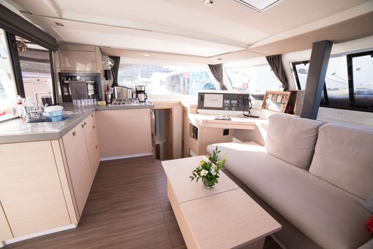 3 SISTERS Yacht Charter - Galley
