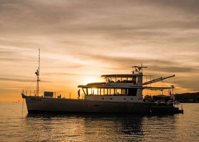 GREY WOLF Yacht Charter - Easily access remote areas