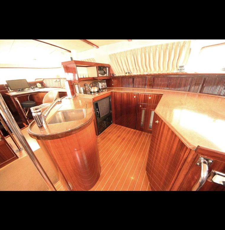SOUTHERN PASSAGE Yacht Charter - Main Galley