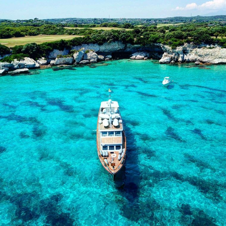 Tempest WS Yacht Charter - Ritzy Charters
