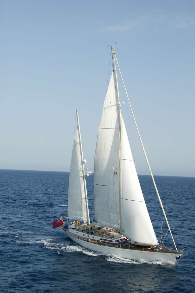 Volador Yacht Charter - Ritzy Charters