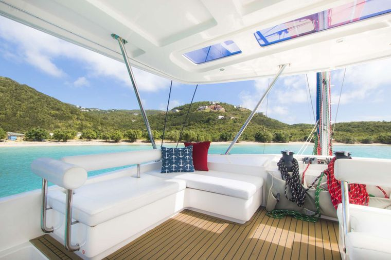 SEA ESTA Yacht Charter - The flybridge has ample seating and provides a shaded, breezy area for happy hour.