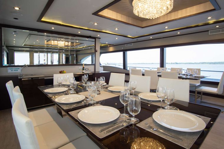 Grand Majestic Yacht Charter - Dinning room