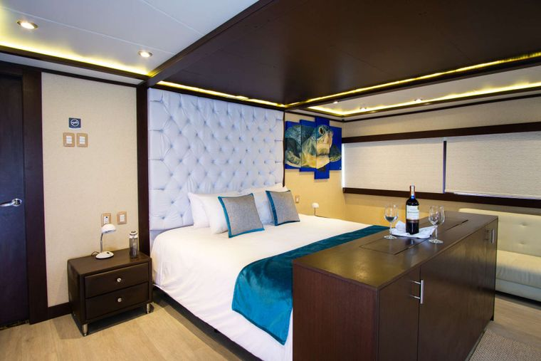 Grand Majestic Yacht Charter - Suite